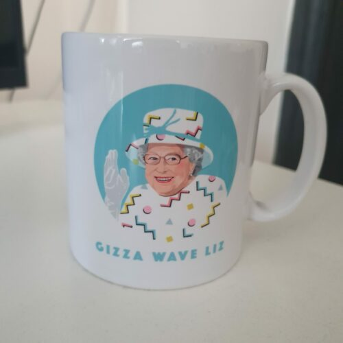 Queen Elizabeth waving illustration with Gizza Wave Liz below by Sabi Koz