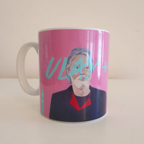 Marina abramovic and Ulay mug by Sabi Koz - pink 10oz mug
