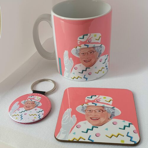 Queen Elizabeth Mug Pink gift set Sabi Koz